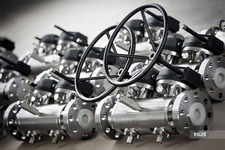 "Twin ball valves, 2"" #900, A105N/A182, Petronas"