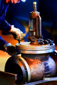 """assembly of a globe valve, 8"""" 150#, WCB"""