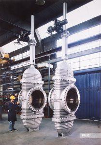 "Through conduit gate valves, 36"" #150, slab design"